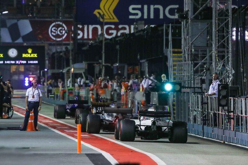 pit-lane-singapore