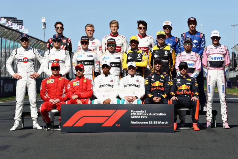 2018-formula-1-driver-group-photo