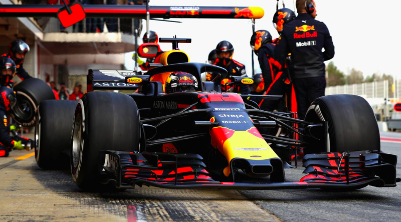 red-bull-racing-pit-stop-2018