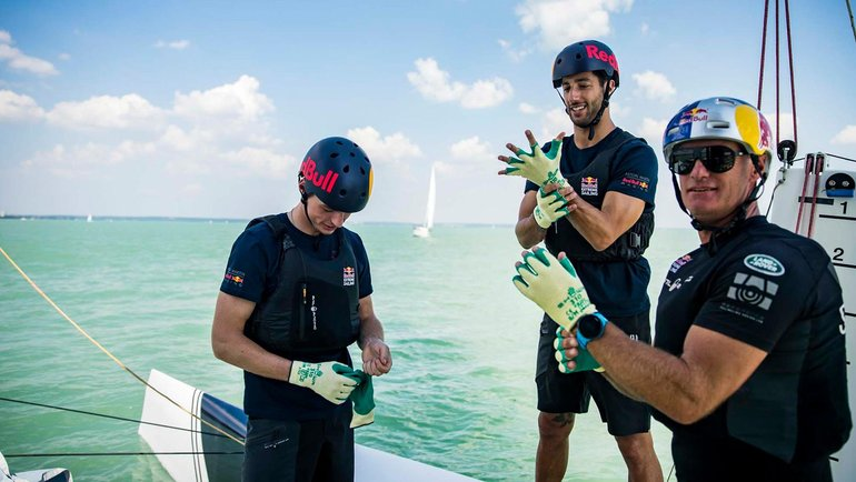 EXCLUSIVE – Daniel Ricciardo and Max Verstappen at Lake Balaton