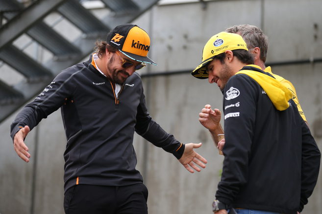 fernando-alonso-with-carlos-sainz
