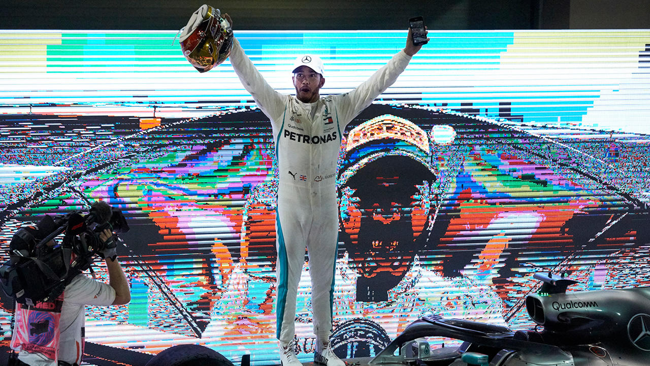 Lewis Hamilton WINS The 2018 Abu Dhabi Grand Prix